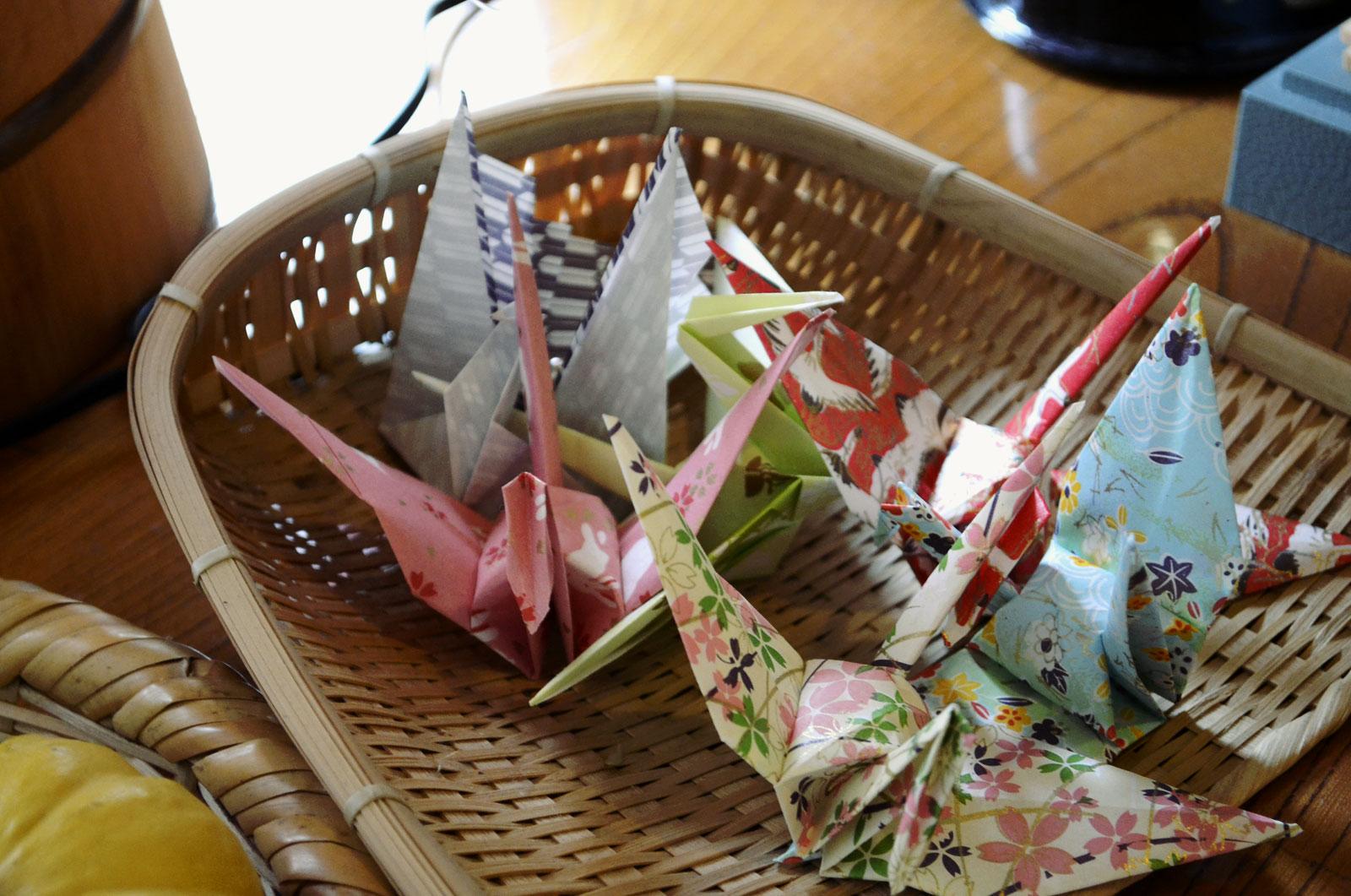 【高齢者レクリエーション】折り紙で脳トレ!簡単&すぐに折れる作品35選
